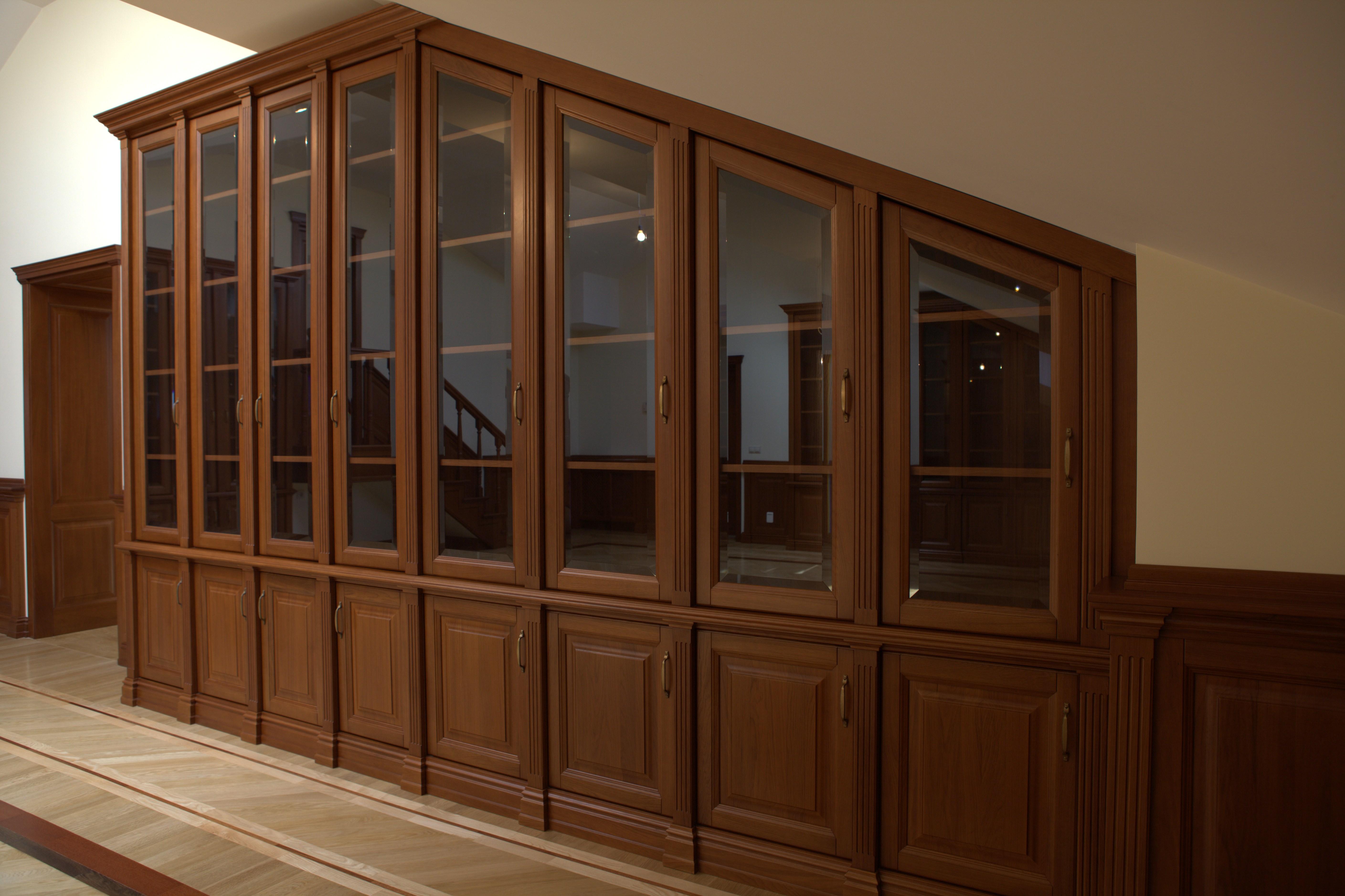 Книжный шкаф в мансарду на заказ в нижнем новгороде студия м.